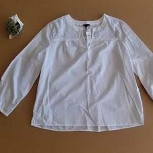 Ann Taylor Factory NWT XL white eyelet top